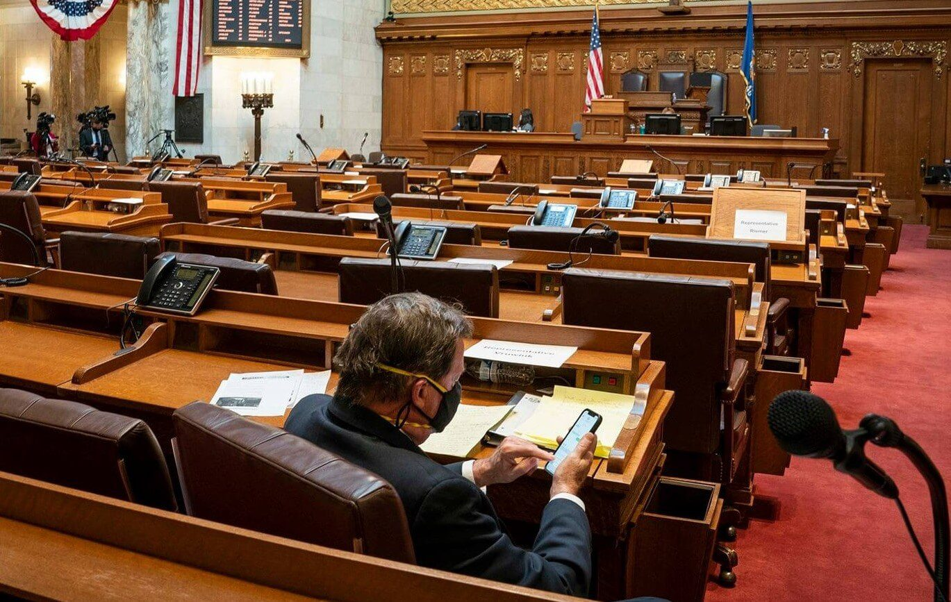 Rep. Vruwink Waiting for Session